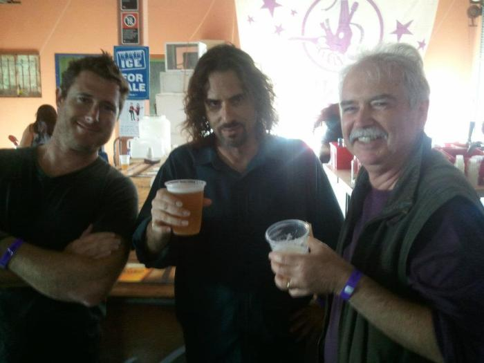 Andrew Winton, David Hyams and Bernard Carney at the bar, Illawarra Folk Festival. Photo by Bill Quinn.
